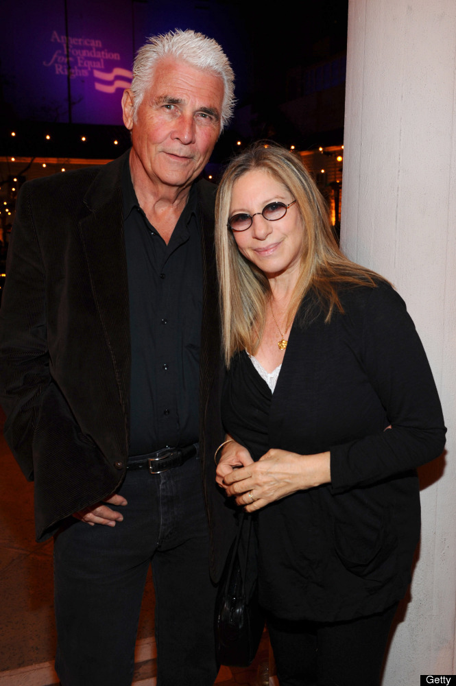 """Streisand with husband, actor <a href=""""http://www.people.com/people/archive/article/0,,20125806,00.html"""" target=""""_hplink"""">Jam"""