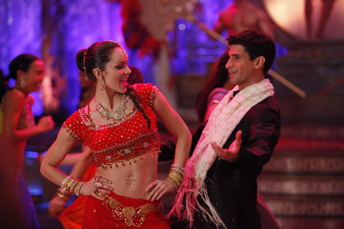 Katharine McPhee as Karen Cartwright, Raza Jaffrey as Dev Sundaram