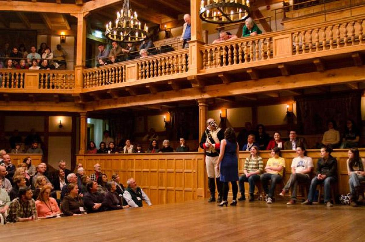 """<em>Production of Much Ado About Nothing at the Blackfriars Playhouse.</em><a href=""""http://www.smithsonianmag.com/travel/The-"""