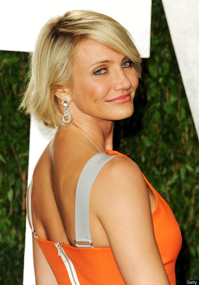 WEST HOLLYWOOD, CA - FEBRUARY 26:  Actress Cameron Diaz arrives at the 2012 Vanity Fair Oscar Party hosted by Graydon Carter