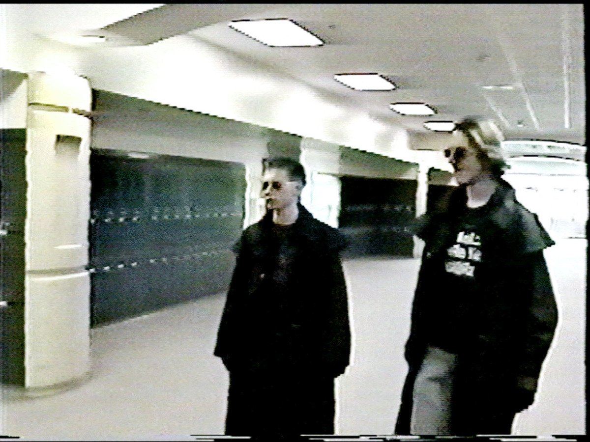 Texas school shooting: 10 killed in Santa Fe High School Columbine high school class of 1999 photo