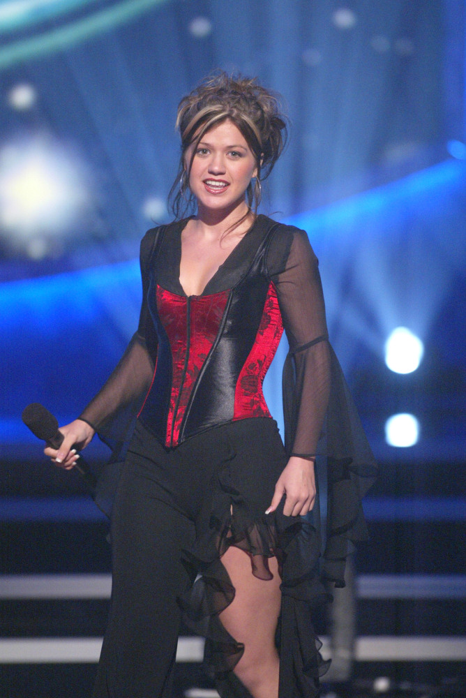 Kelly Clarkson039s Style Over The Years