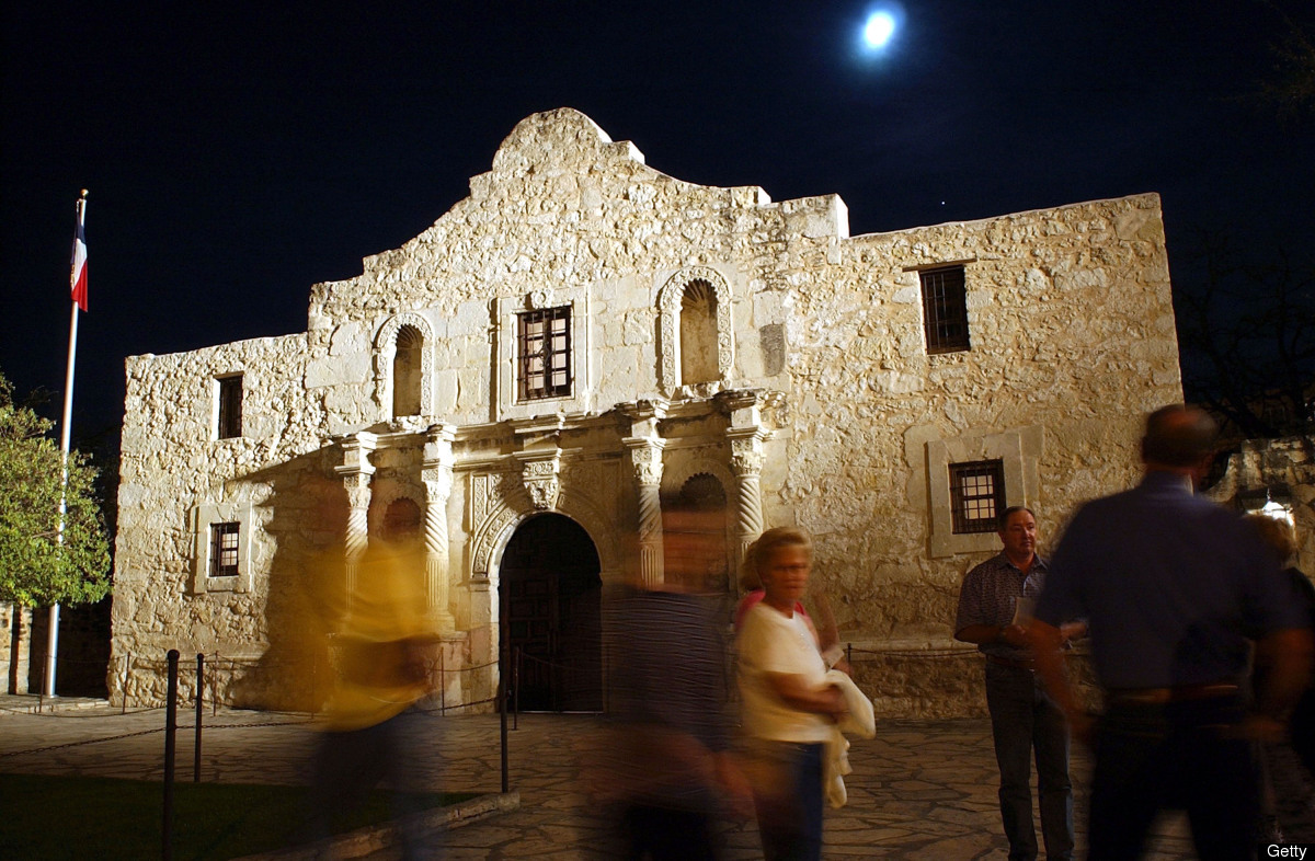 Percent below 256 kbps: 2.3 percent Change From Last First Quarter: 2.2 percent decrease  Pictured: The Alamo, a national