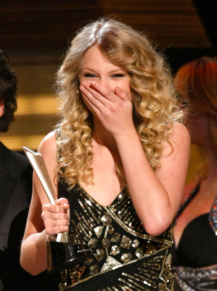Taylor Swift's Shocked Faces: She's Not The Only One ...