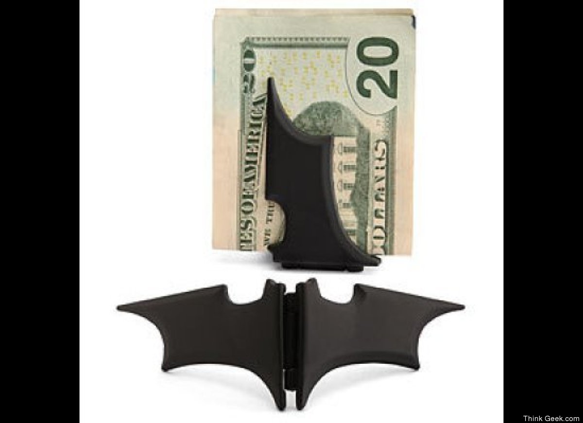 """Because what is a better way to hold money than in a <a href=""""http://www.thinkgeek.com/homeoffice/gear/e841/?cpg=cj&ref=&CJUR"""