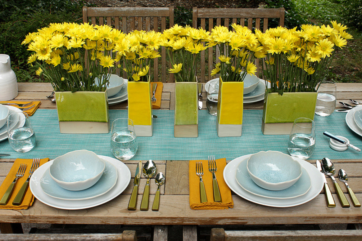 We Love The Casual And Breezy Look Of This Table Setting Which Combines Subdued Blues