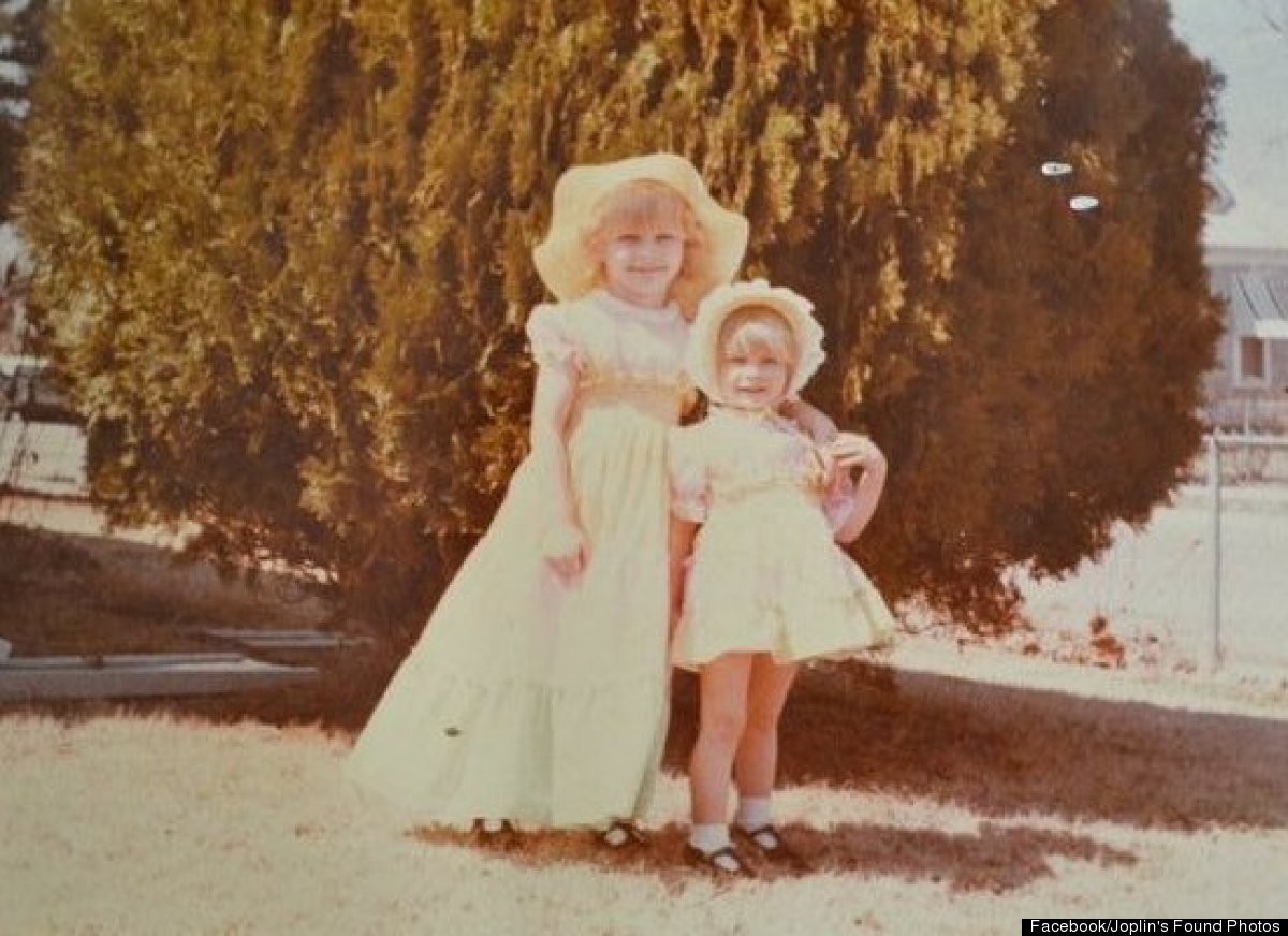 Abi Almandinger said she returned almost 900 photos to Sara Warren Ellsworth. Ellsworth is one of the little girls in this vi