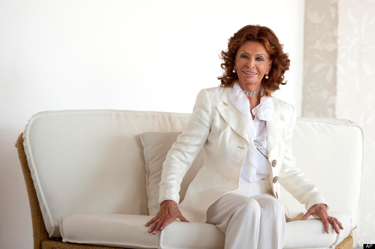 """Pictured: Italian actress Sophia Loren poses during the photo call of the animated movie """"Cars 2"""", where she dubs the voice o"""