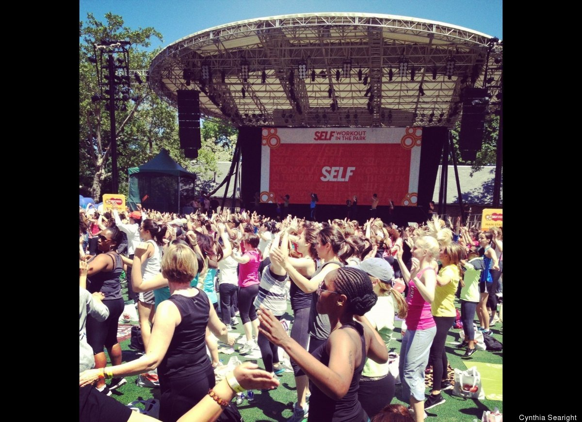 """Huge outdoor """"Flat Abs"""" class with SELF magazine's """"Workout in the Park"""". Incredible positive energy of 5,000 smiling women a"""