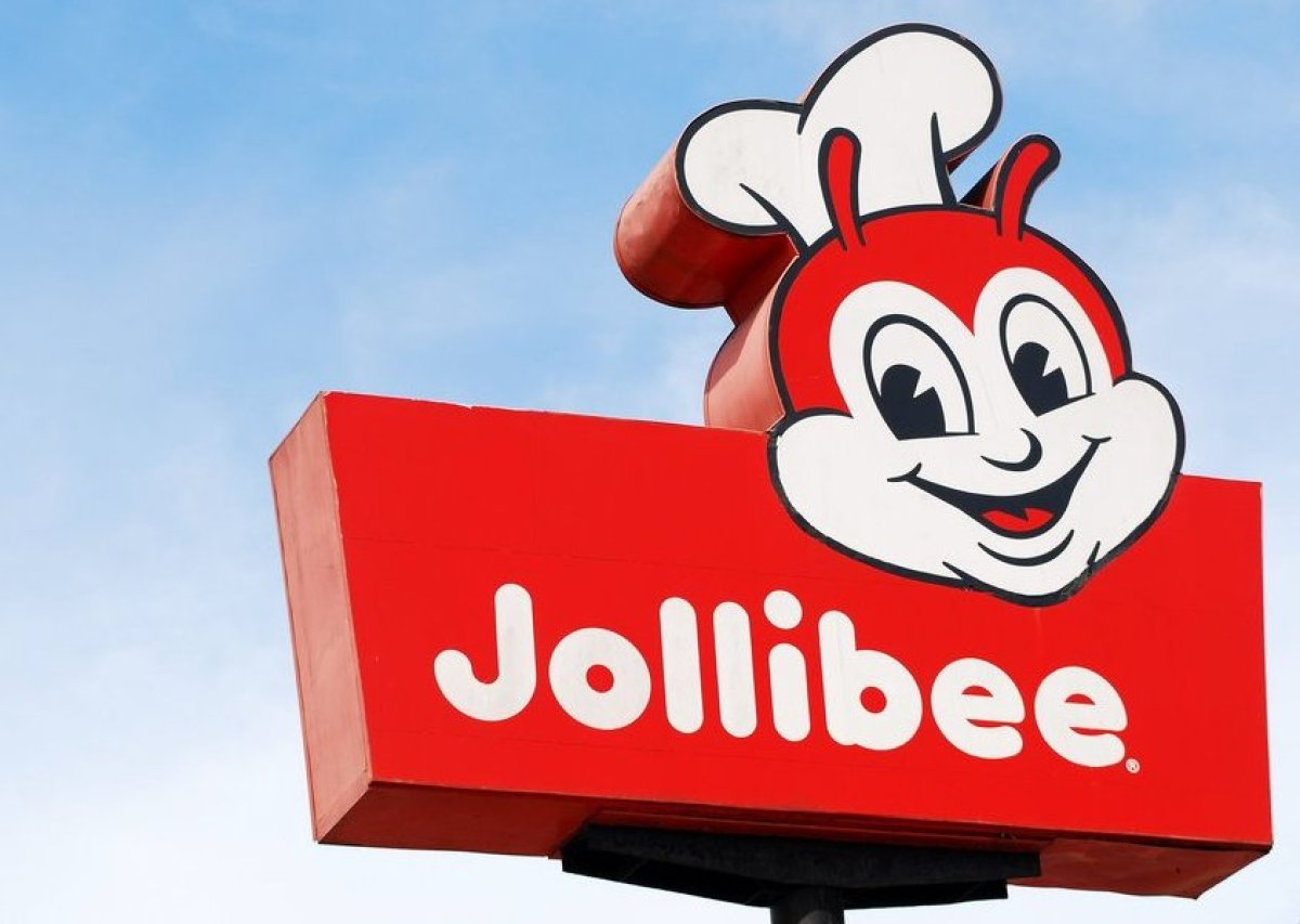 Fast food gets a Filipino twist at this quick-serve chain, which is so beloved that its mascots star in their own children's
