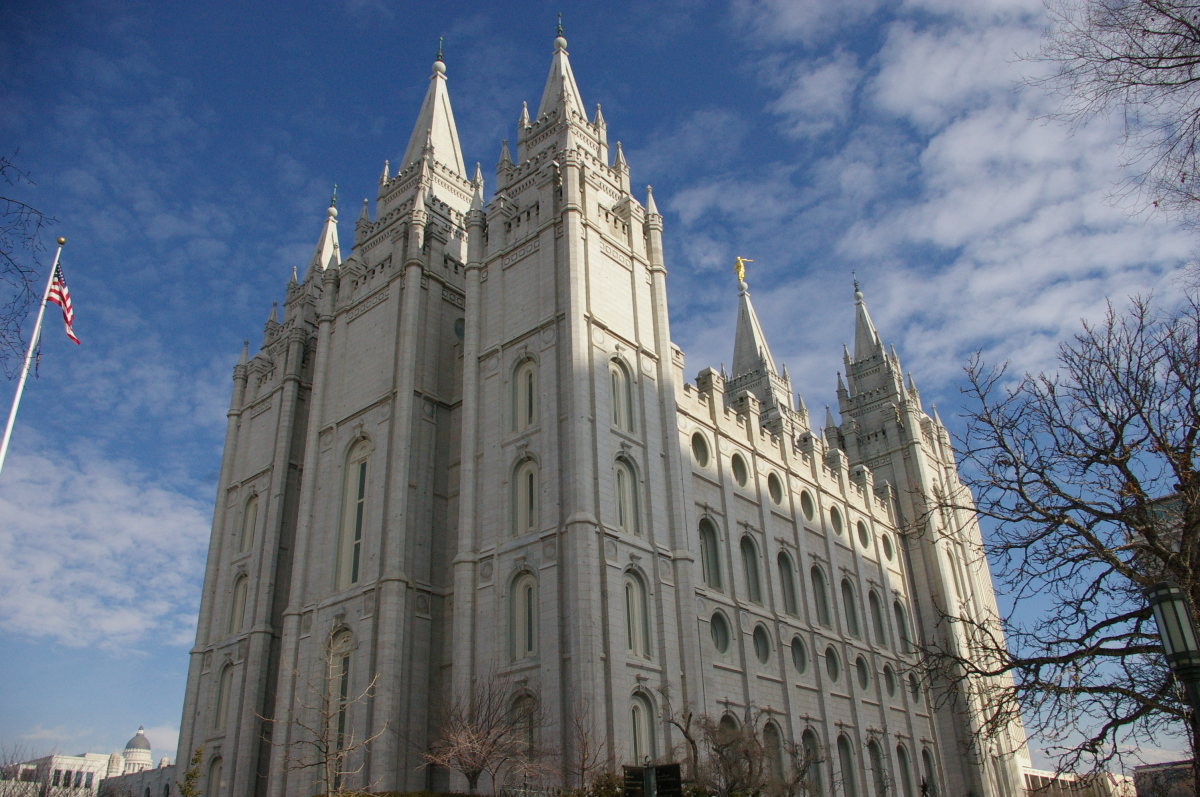"""69,124 Mormons per 100,000 persons. <br>  Credit: Wikimedia Commons. Original photo <a href=""""http://upload.wikimedia.org/wi"""