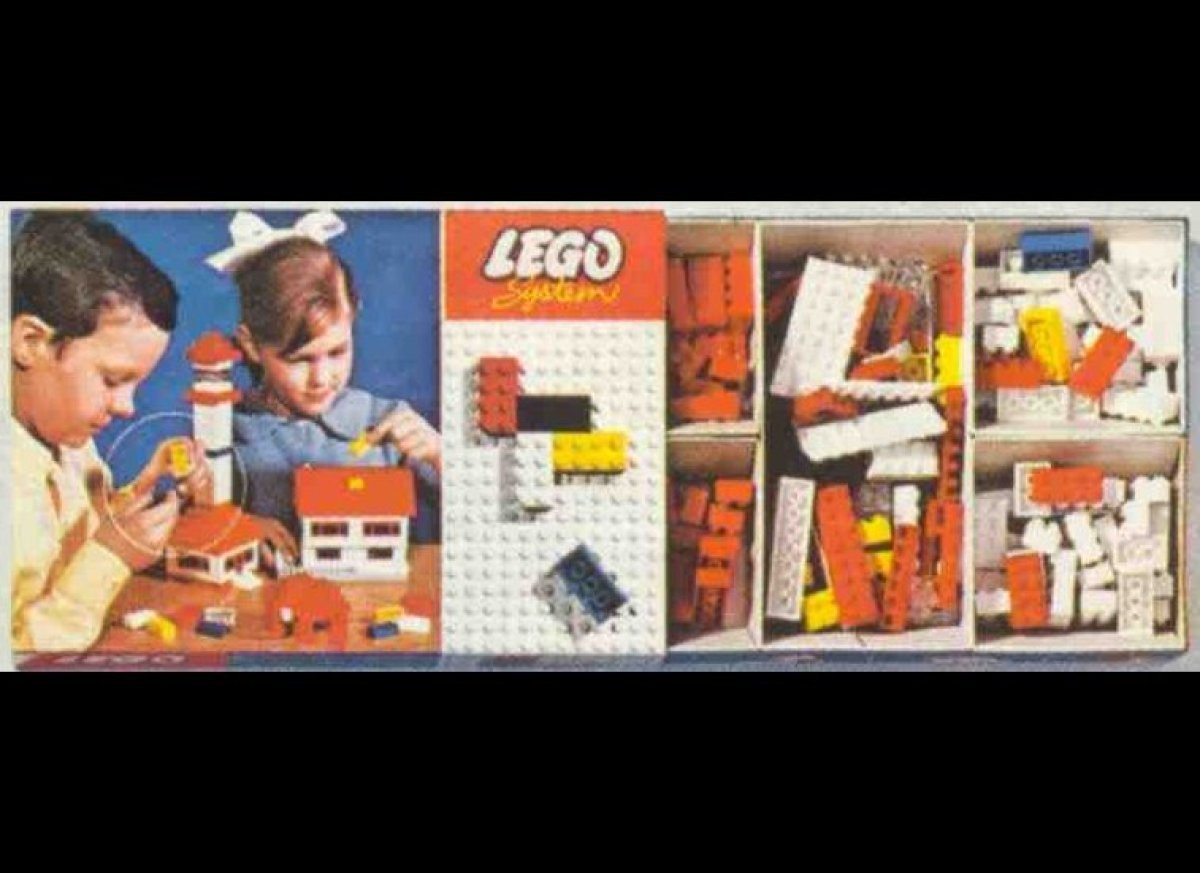 "<a href=""http://thesocietypages.org/socimages/2012/05/08/part-i-historical-perspective-on-the-lego-gender-gap/"" target=""_hpli"