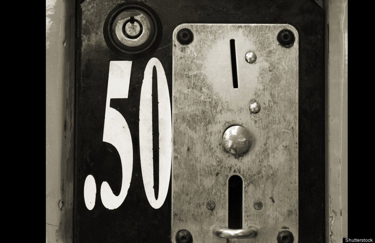 Twenty-one percent of vending machine buttons had ATP counts of 300 or higher.