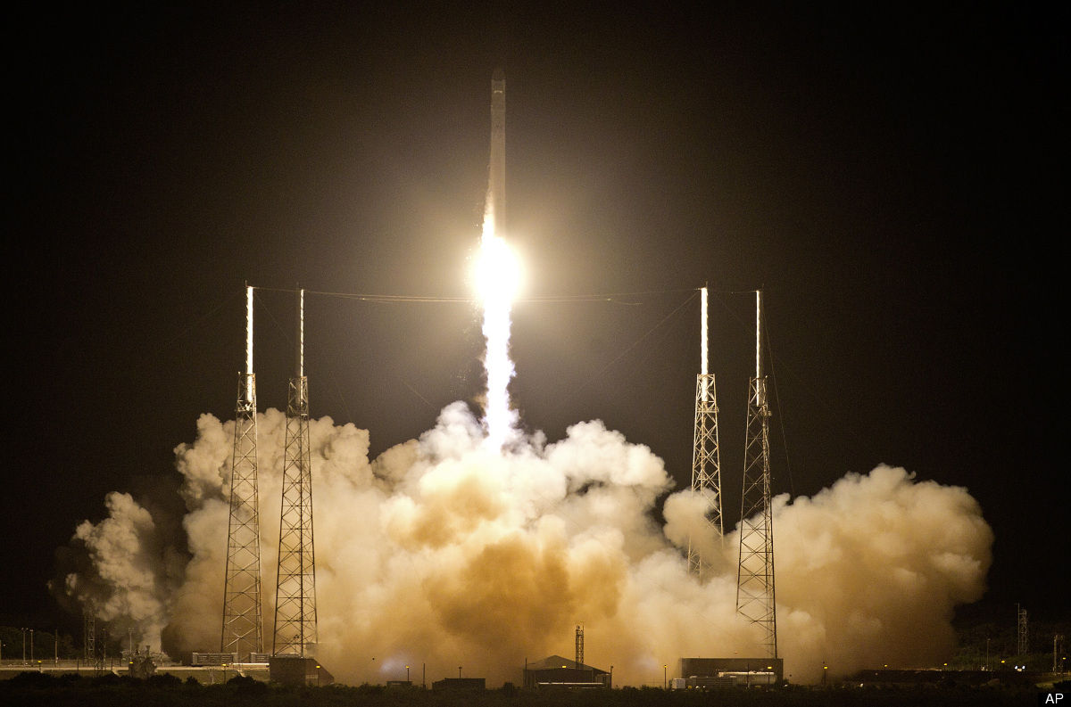 The Falcon 9 rocket lifted off at 3:44 a.m., carrying the Dragon spacecraft.