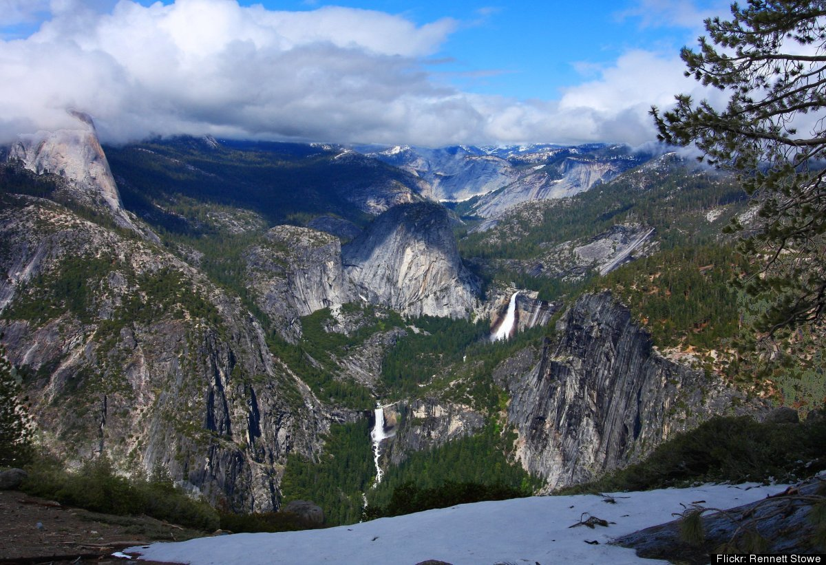 Join the fun on a great Outdoor Adventure Club trip to Yosemite. Included is three great days of hiking as well as three nig