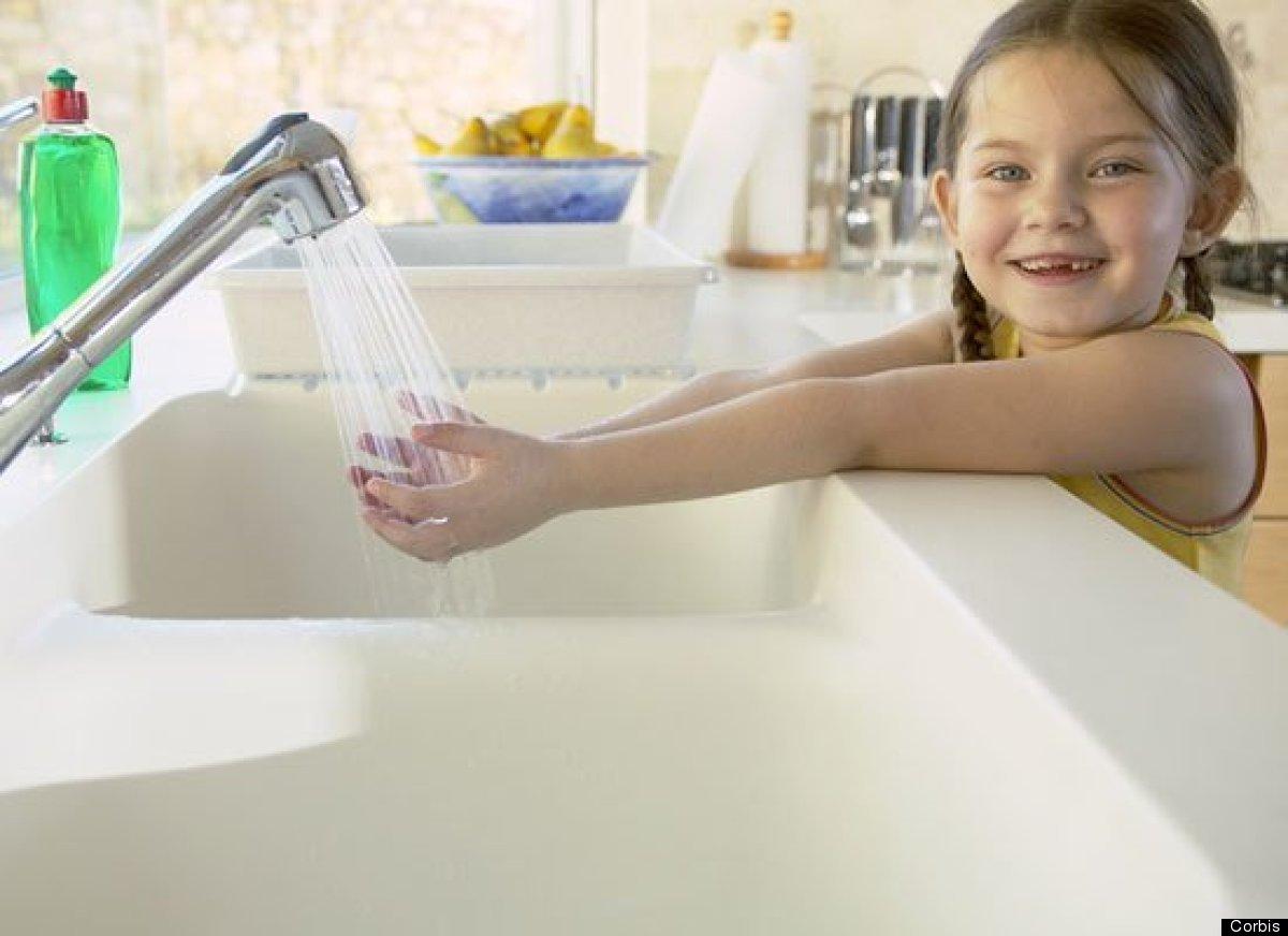 <strong>Por Yined Ramirez-Hendrix</strong><br> El lavarse las manos es uno de los hábitos más importantes que los chicos deb