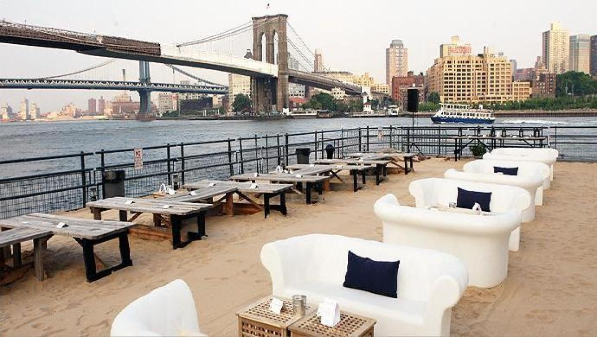 "Located at the former Water Taxi Beach in South Street Seaport, <a href=""http://www.beekmanbeergarden.com/"" target=""_hplink"">"