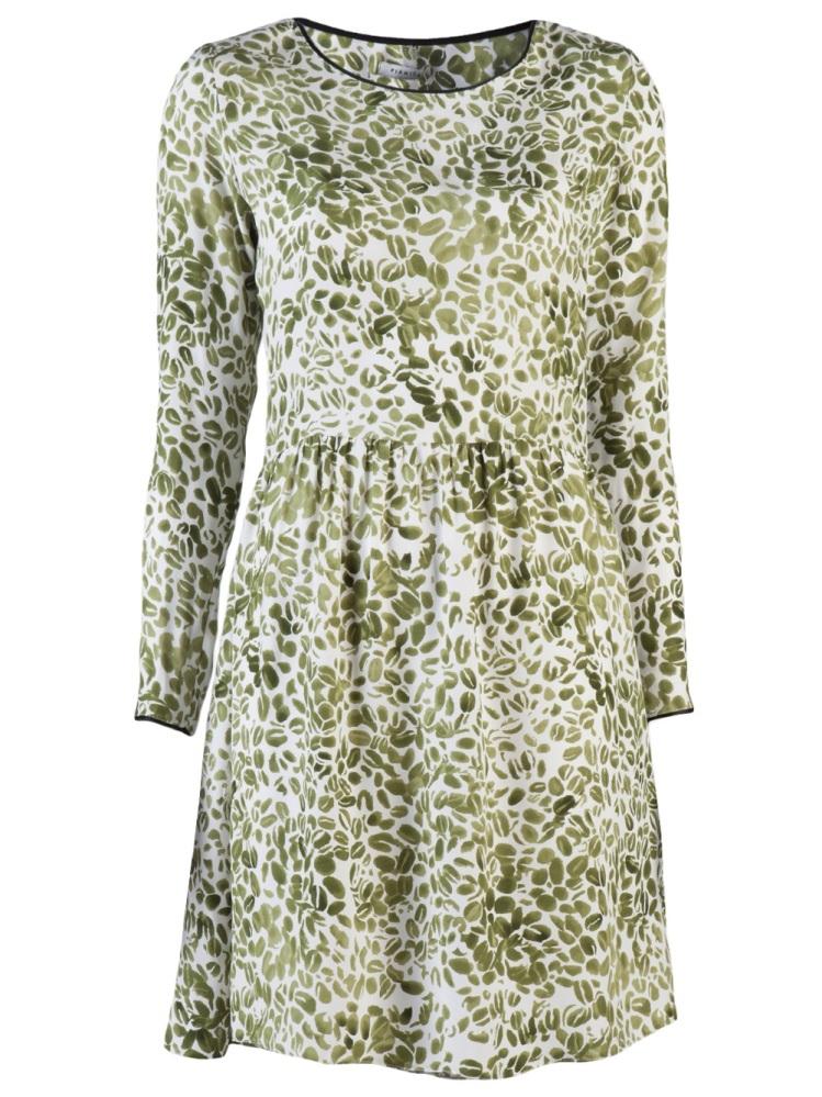 """<a href=""""http://www.farfetch.com/shopping/women/piamita-leaf-print-dress-item-10147539.aspx"""" target=""""_hplink"""">FarFetch</a>"""