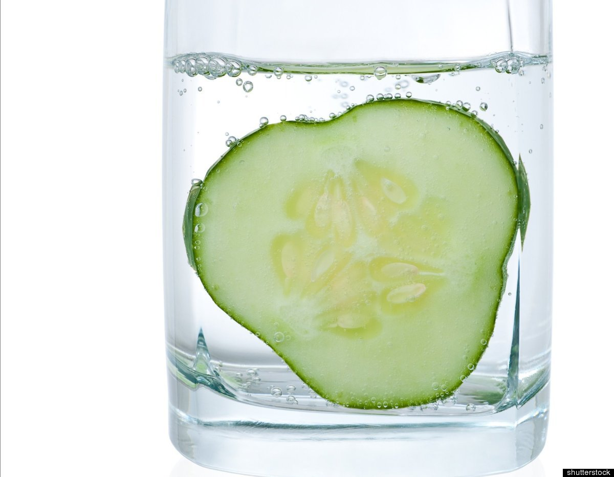 Commercial brands deliver a calorie-free water with a hint of anything from cucumber to lemon to blueberry -- but these sips