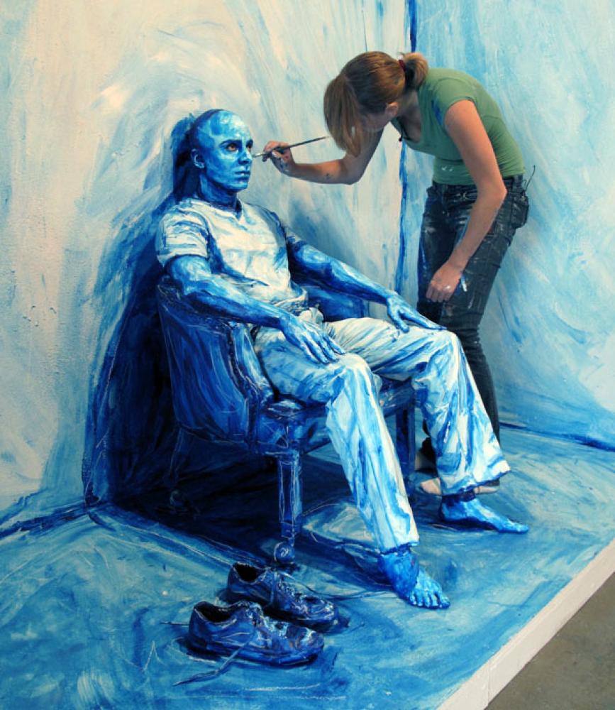 "Alexa Meade, ""Blueprint Installation"", Paint on live model, 2010"