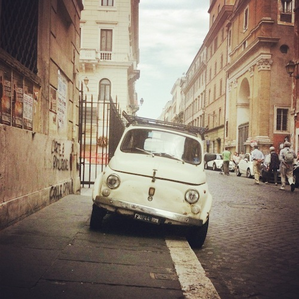 I started to notice that @CucinaDigitale's Fiat 500 photos were great gauges for my moods. Even though she's chosen her own s