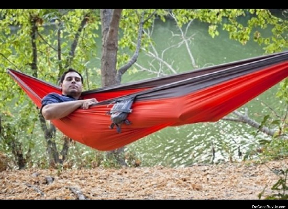 """<a href=""""http://www.dogoodbuy.us/products/kammok"""" target=""""_hplink"""">This camping hammock by ROO</a> allows your adventurous da"""