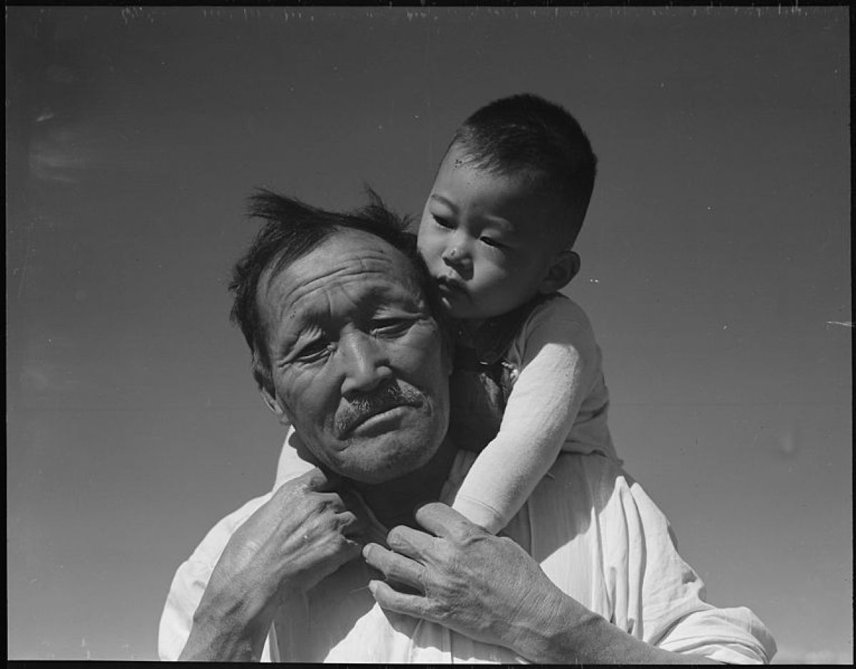 Dorothea Lange Manzanar Relocation Center, Manzanar, California. Grandfather and grandson of Japanese ancestry 1942