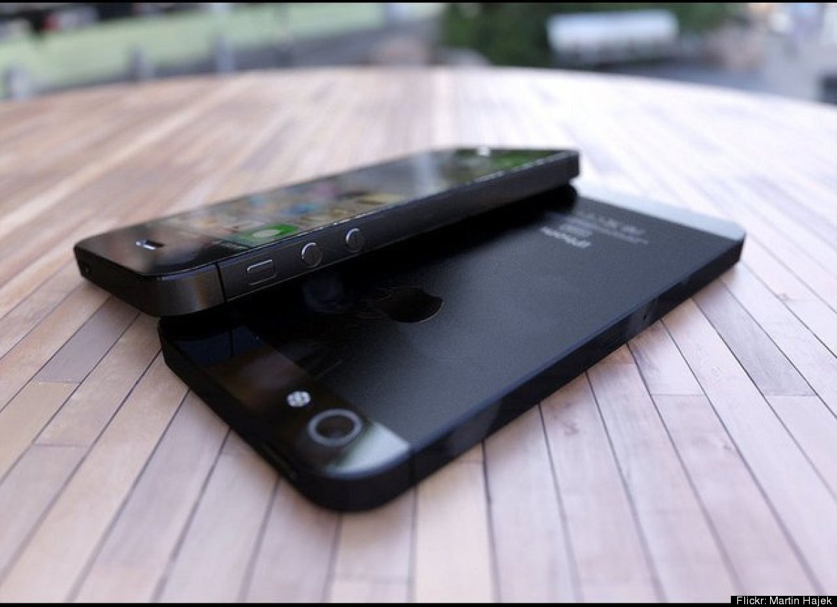 """The past several weeks of Apple rumors <a href=""""http://www.huffingtonpost.com/2012/06/08/iphone-5-release-date-video-ipad-min"""