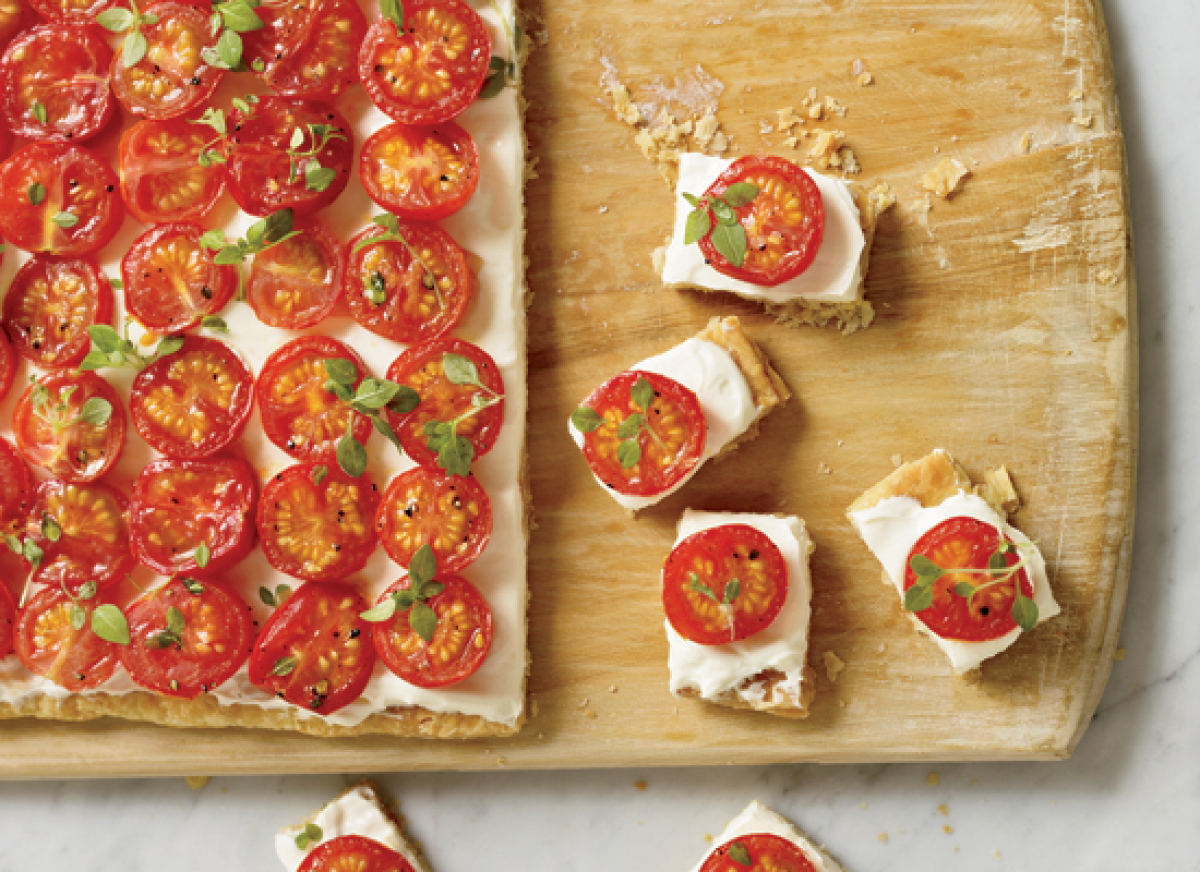 "<strong>Get the <a href=""http://www.huffingtonpost.com/2011/10/27/tomato-tartlets_n_1058757.html"" target=""_hplink"">Tomato Tar"