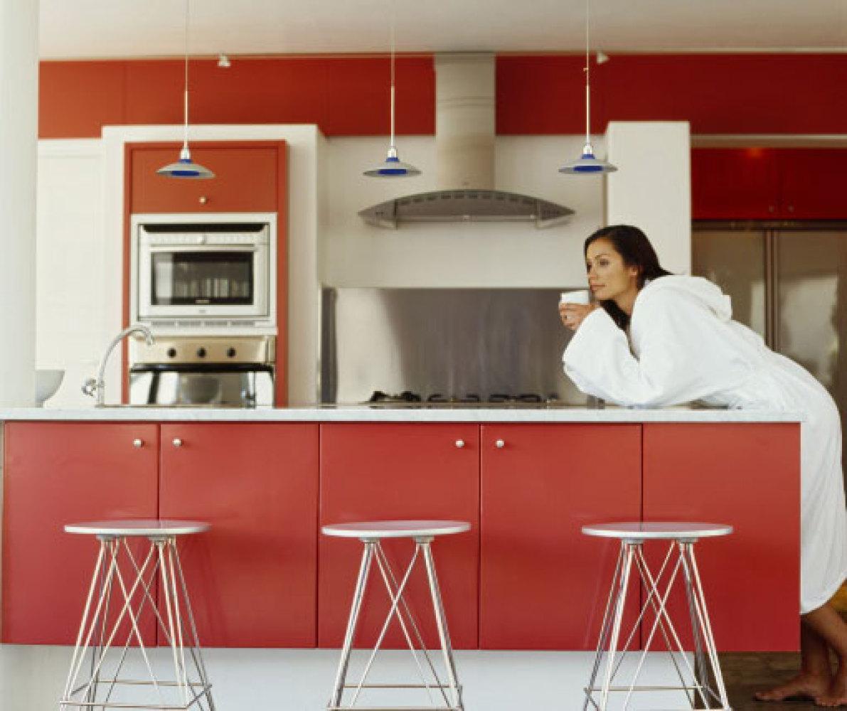 El rojo denota una personalidad apasionada, fuerte, activa y competitiva.