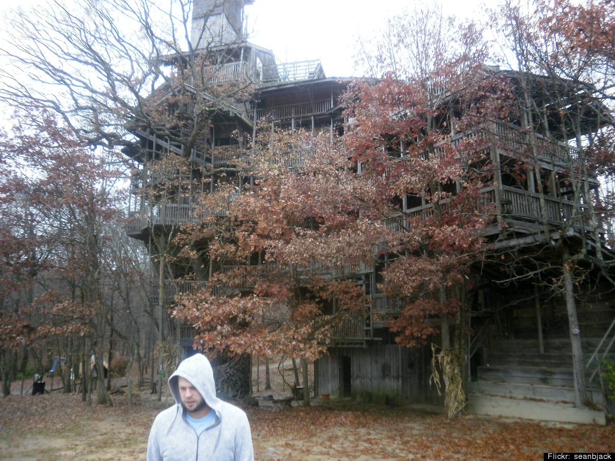 worlds largest treehouse