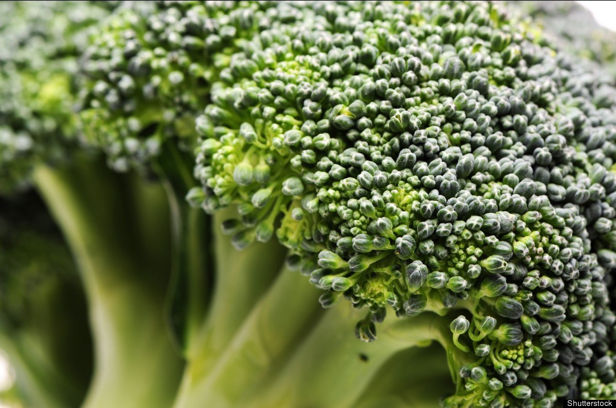 Broccoli and other cruciferous vegetables are full of sulforaphane and other antioxidants that help to protect healthy cells