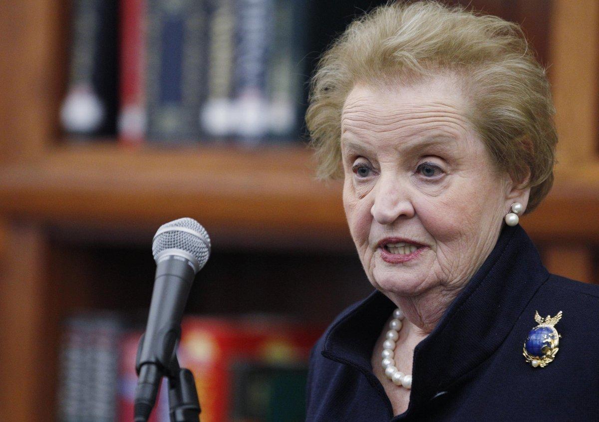 "In 1997, Madeleine Albright became the <a href=""http://secretary.state.gov/www/albright/albright.html"" target=""_hplink"">first"