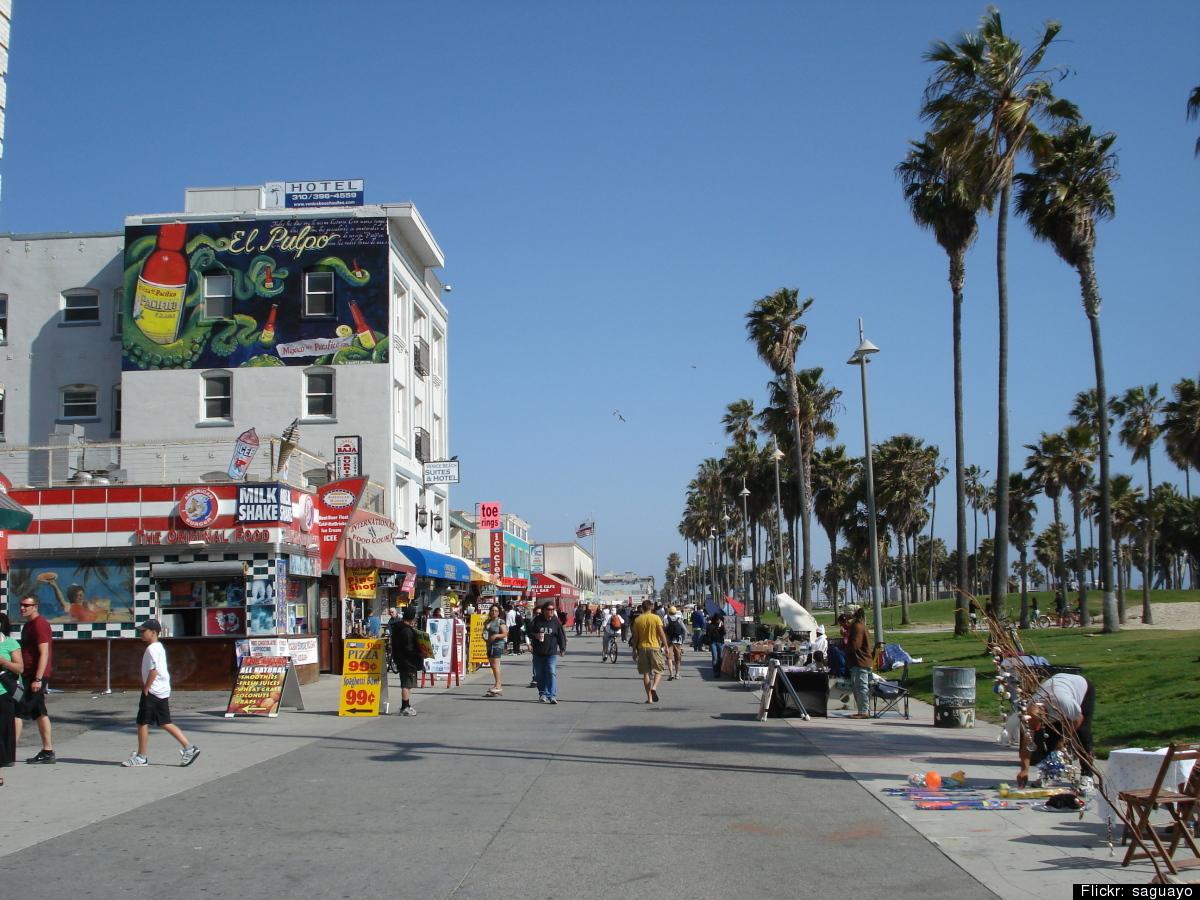 The LA neighborhood with the most single female AshleyMadison users seeking married men is Venice.