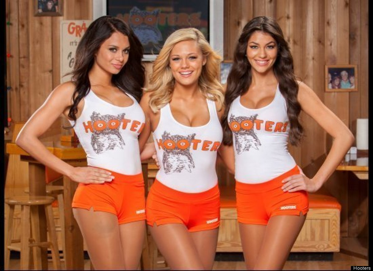 "<a href=""http://www.hooters.com/home.aspx"" target=""_hplink"">Hooters</a> opened in 1983 and has grown to more than 460 locatio"