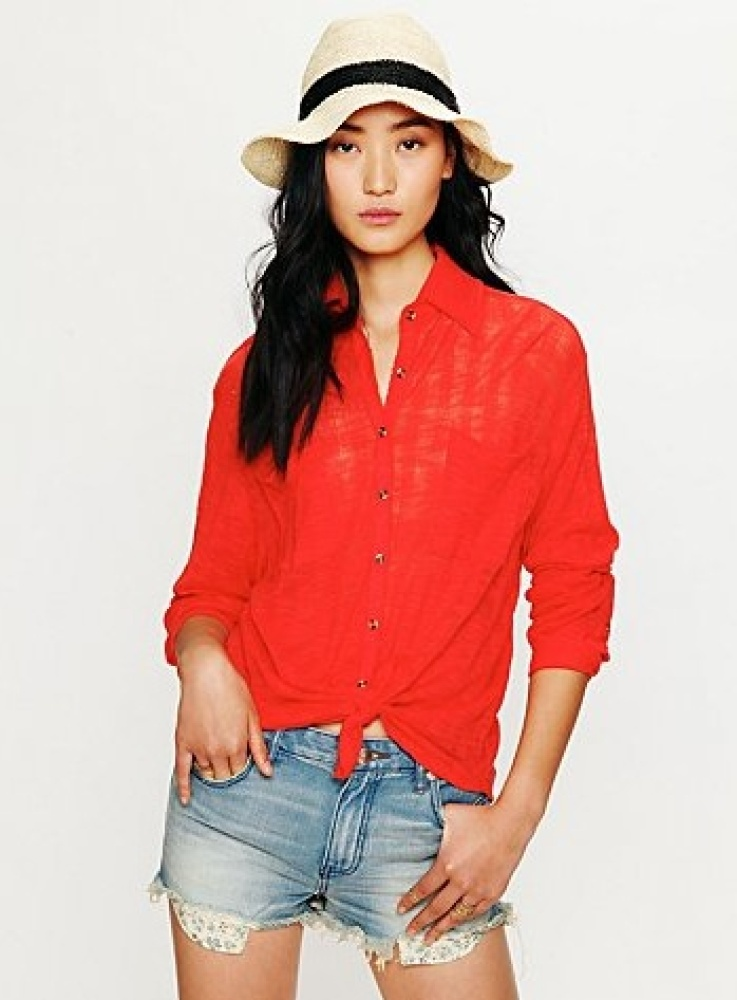 """<a href=""""http://www.freepeople.com/clothes-tops-blouses-shirts/stavros-buttondown/_/productOptionIDS/F93C517E-BF11-4CB1-B91C-"""