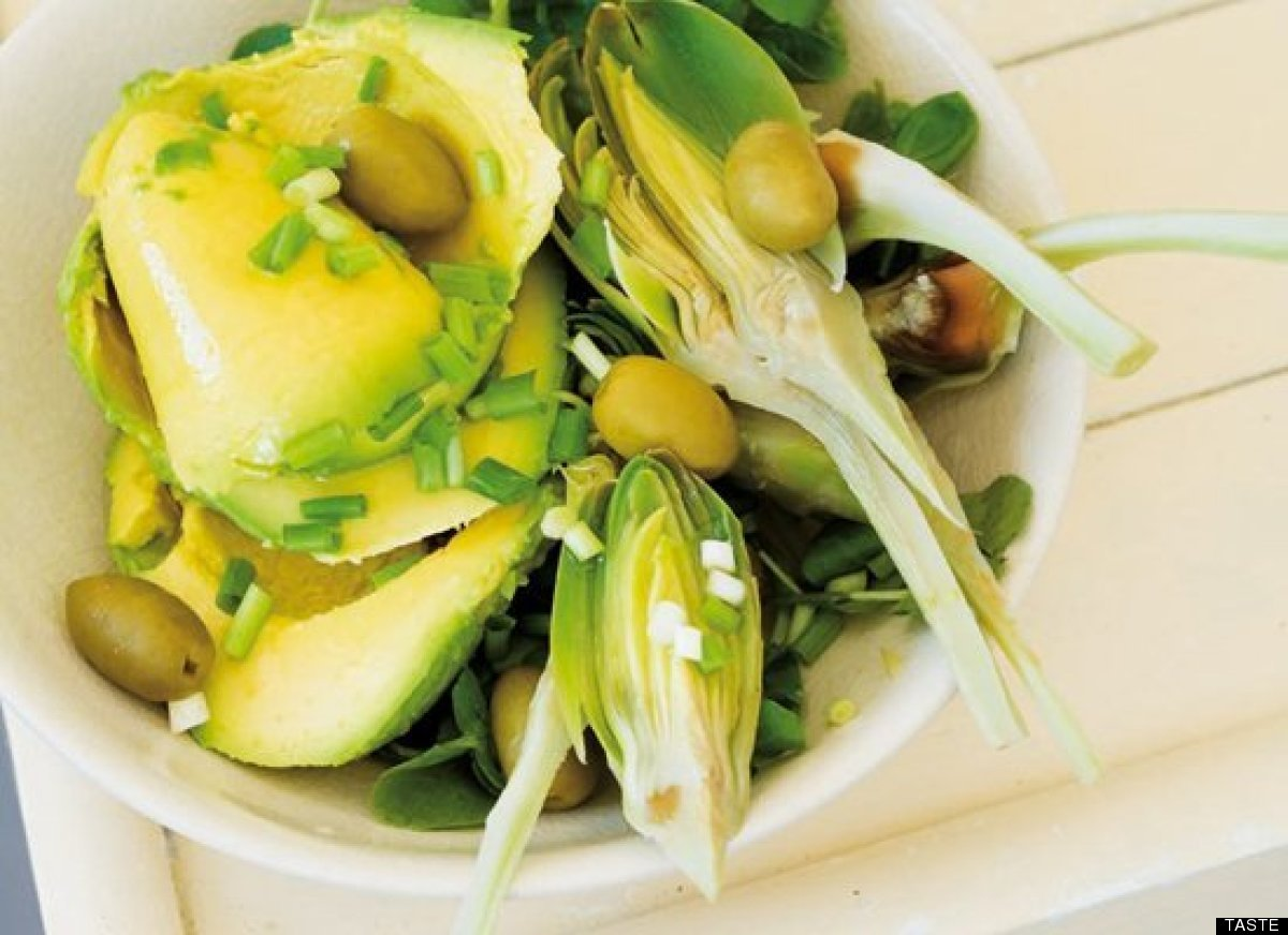"<strong>Get the <a href=""http://www.huffingtonpost.com/2011/10/27/avocado-and-artichoke-sal_n_1057555.html"" target=""_hplink"">"