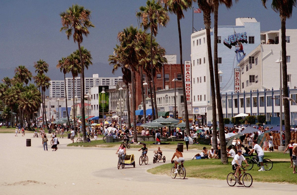 America S Most Crowded Beaches Photos Huffpost California Street View