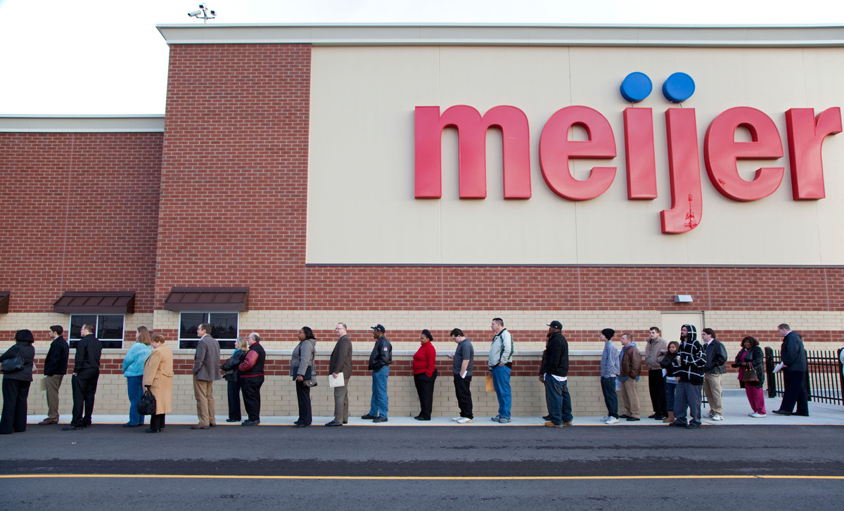 The Meijer grocery chain is opening a 190,000-square-foot supercenter in summer 2013  at 8 Mile and Woodward in Detroit by th