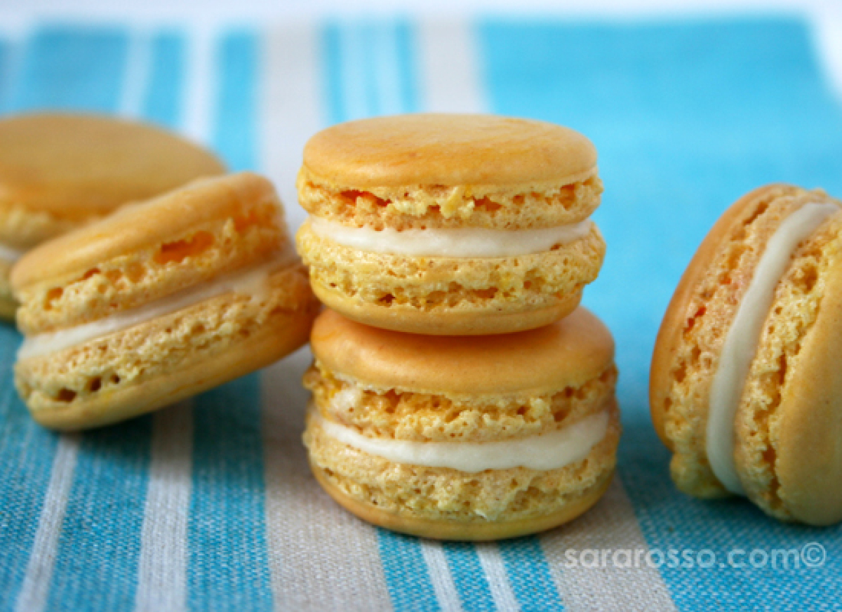 """<strong>Get the <a href=""""http://www.msadventuresinitaly.com/blog/2009/02/25/lemon-french-macarons-with-limoncello-white-choco"""