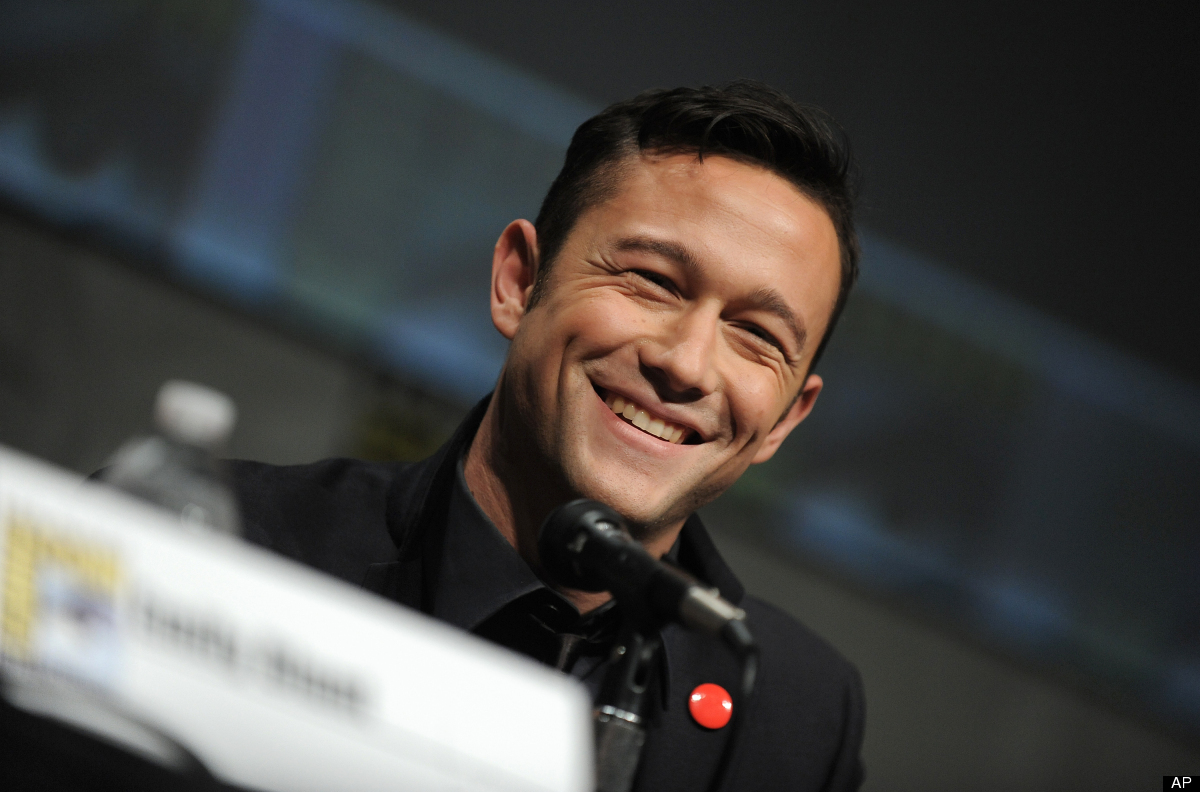 "Joseph Gordon-Levitt is unquestionably adorable. He writes <a href=""http://www.youtube.com/watch?v=aSq1cez_flQ"" target=""_hpli"