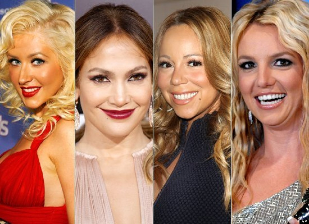 <strong>a) Christina Aguilera