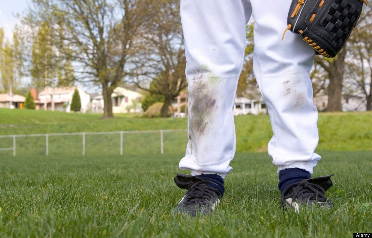 Remove grass stains with a simple mixture of a 1/3 cup of white vinegar and 2/3 cup of water. Then apply on stain and blot wi