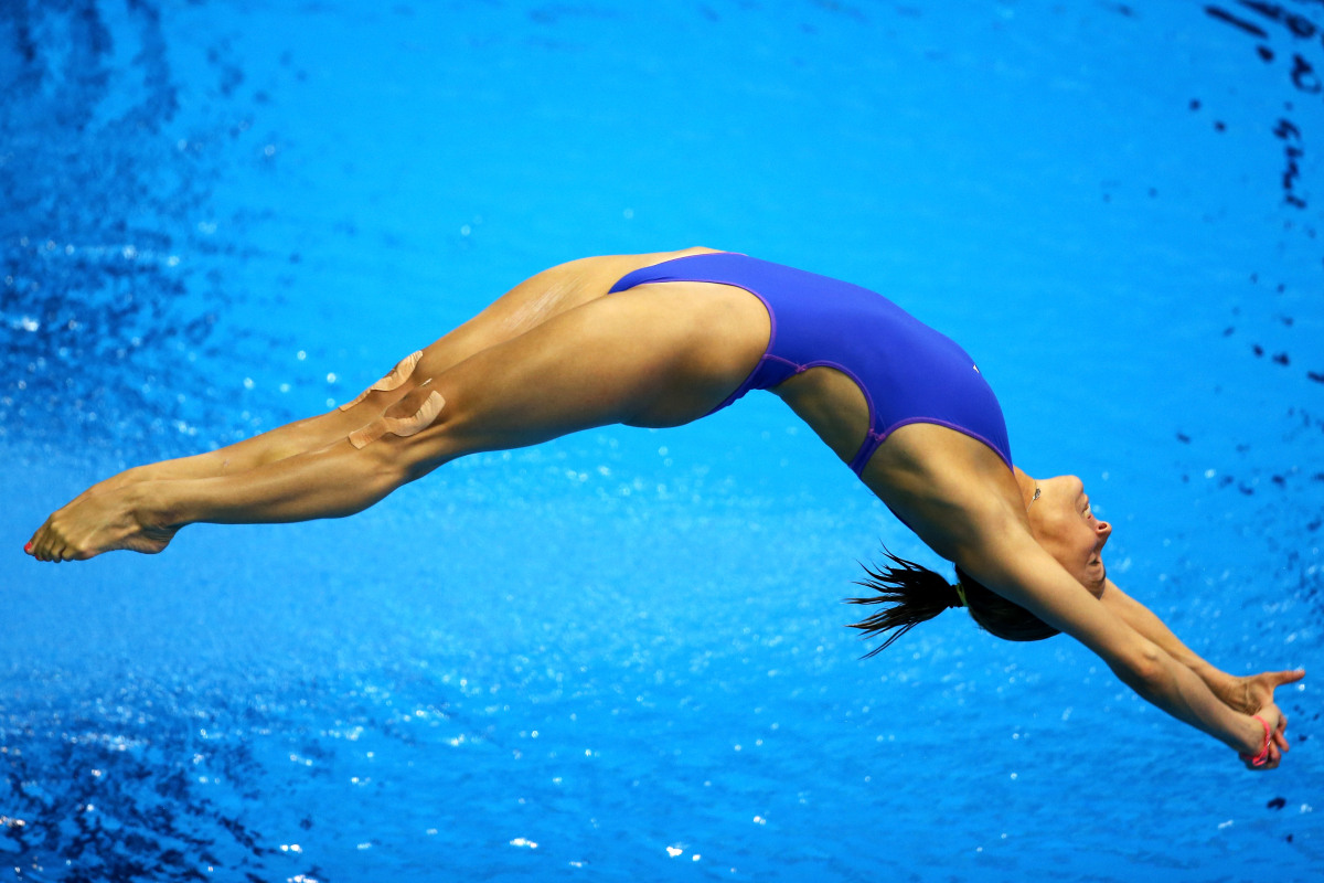 LONDON, ENGLAND - AUGUST 03: Tania Cagnotto of Italy competes in the Women's 3m Springboard Diving Preliminary Round on Day 7