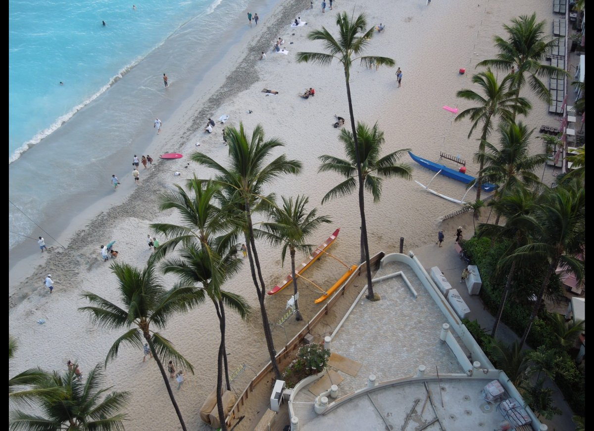 A four-month, $2.3 million project that saw new sand hauled in to widen an eroding stretch of Waikiki Beach was recently comp