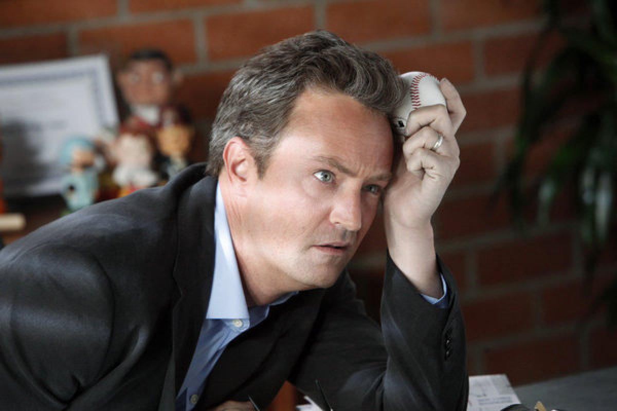 Pictured: Matthew Perry as Ryan King -- (Photo by: Jordin Althaus/NBC)