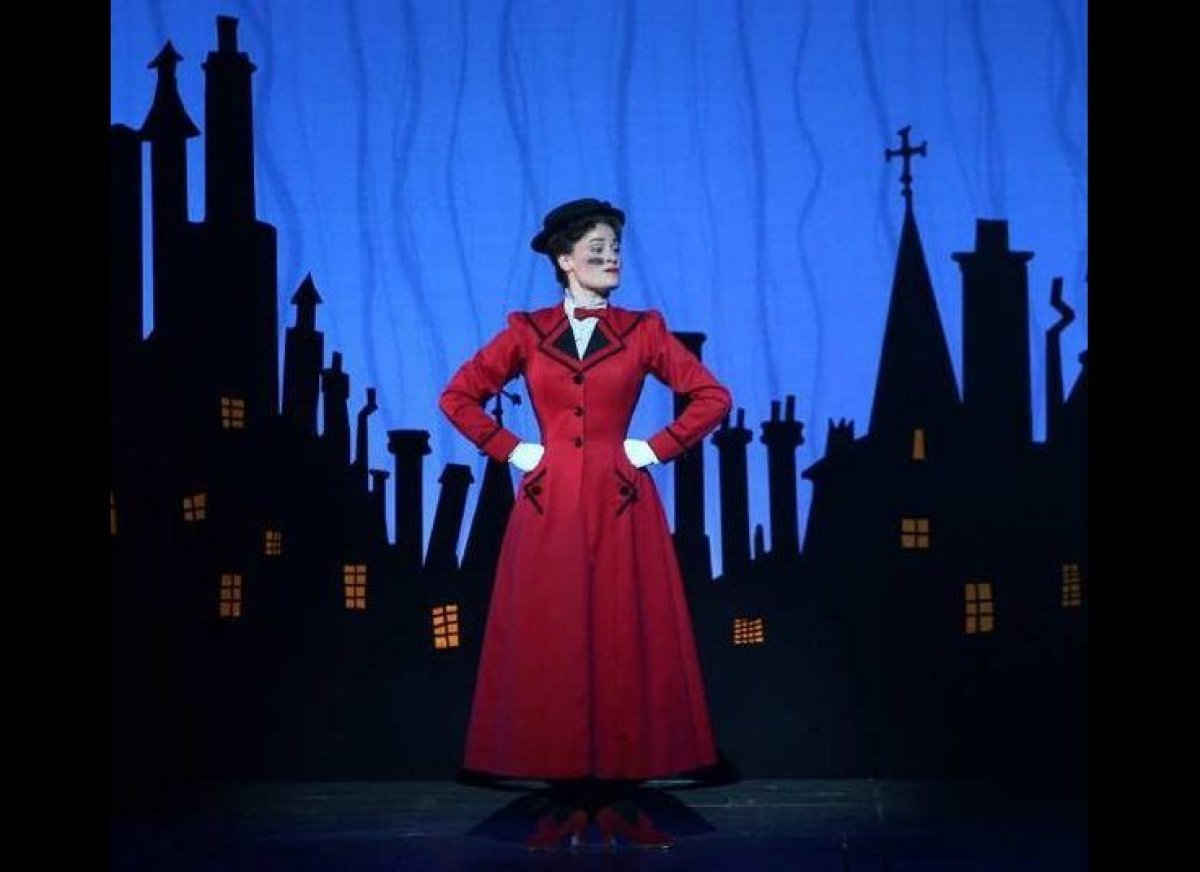 Younger kids will love the whimsical story of Mary Poppins, while older kids and adults will marvel at the show's stunts. <a