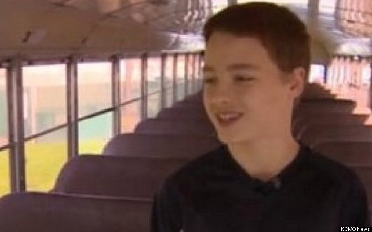 "<a href=""http://www.komonews.com/news/local/Students-stop-bus-after-driver-suffers-heart-attack-146672835.html"" target=""_hpli"