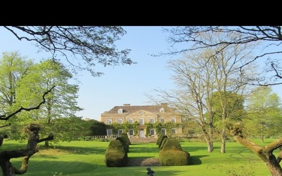 LTR's quintessential country home to rent: Cornwell Manor