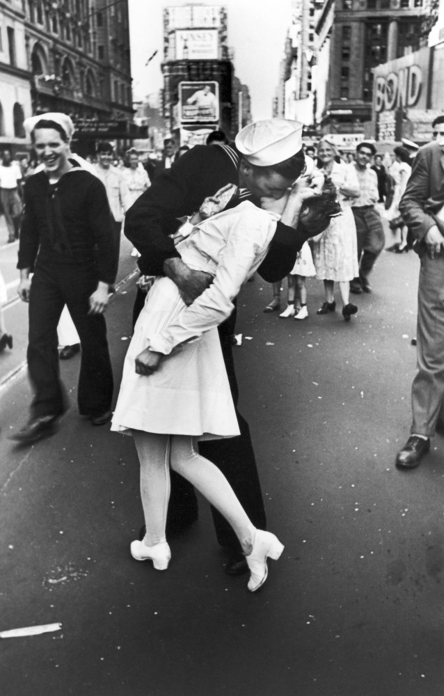 World famous picture taken in Times Square on August 14, 1945 after Japan surrendered in World War II.